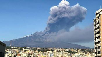 В результате землетрясения на Сицилии пострадали уже 28 человек