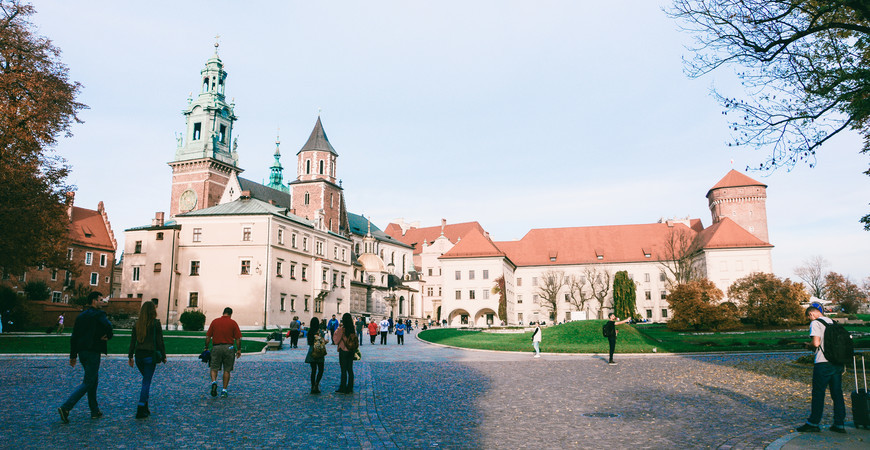 Вавельский королевский замок в Кракове (Zamek Królewski na Wawelu)