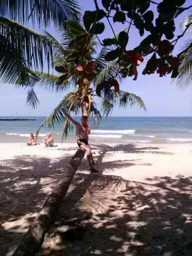 У самого синего кхмерского моря
