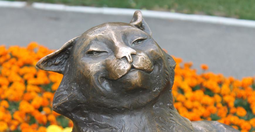 Памятник «Йошкин кот» в Йошкар-Оле