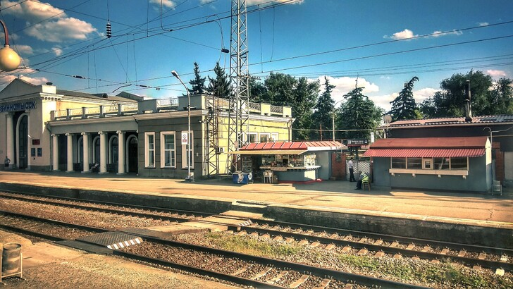 Железнодорожная станция Невинномысская