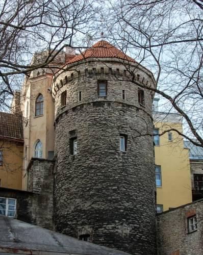 Башни и крепостные стены Старого Таллина