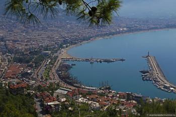 В Турции повысили налог на алкоголь, что может привести к подорожанию отдыха