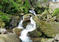 Makhuntseti Waterfall.jpg