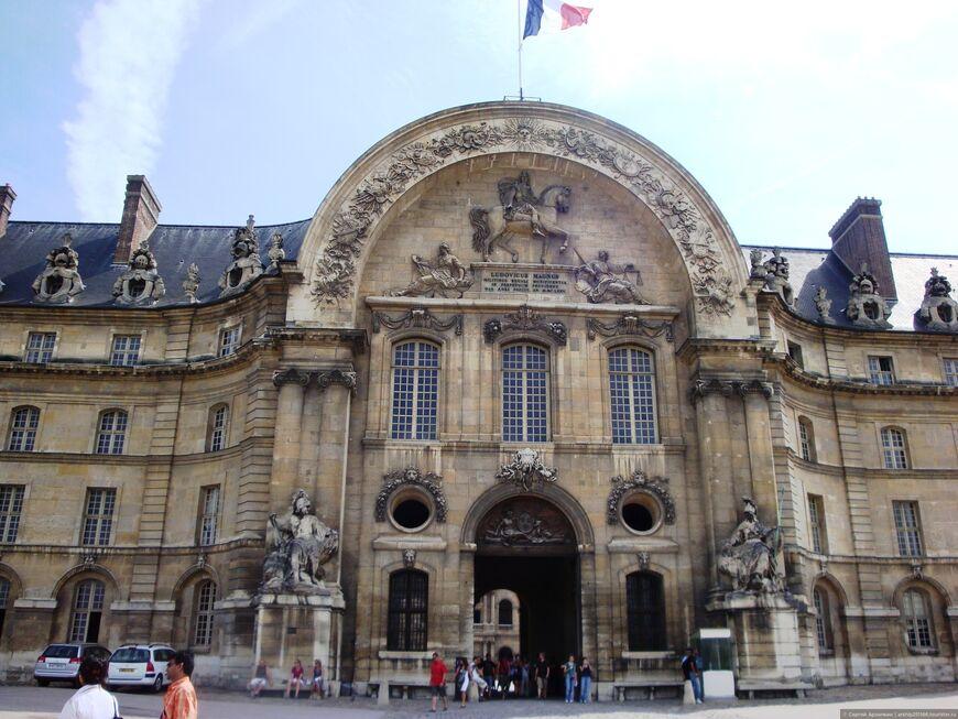 Дом Инвалидов в Париже - история фото описание время работы