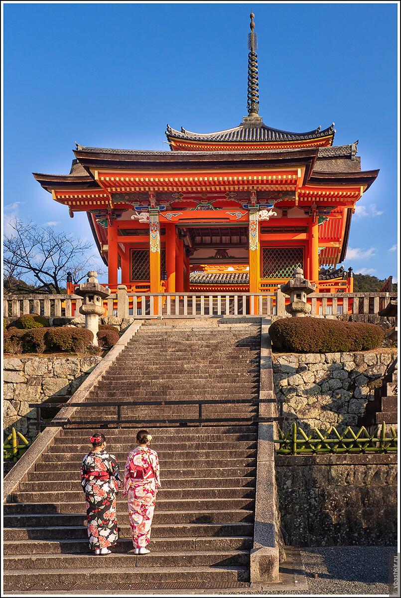 Киёмидзу-дэра., Исчезающий ниндзя или Киото+
