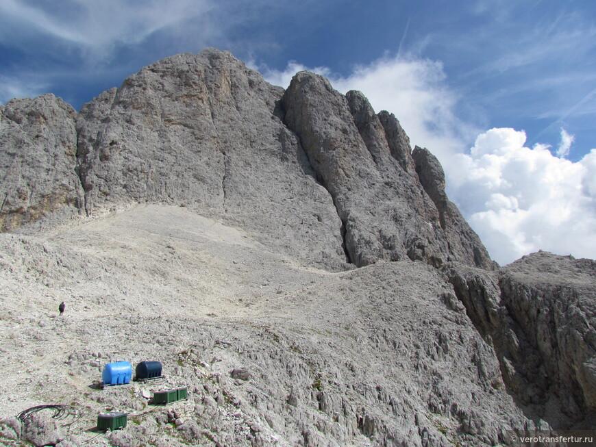 Последний прервал перед спуском с горного массива натурального парка .