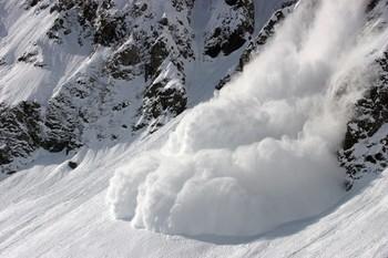 В Альпах в выходные из-за схода лавин погибли 10 человек
