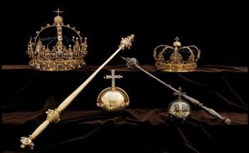 В Швеции в мусорном баке нашли украденные ранее королевские регалии