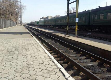 Железнодорожный вокзал Бишкек.jpg