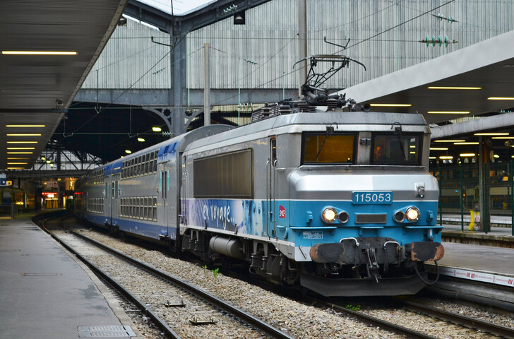 Поезд Intercités