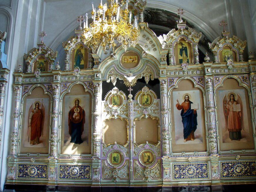 Иконостас в Крестовоздвиженском соборе