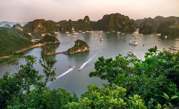 Вьетнам получил награду «Ведущее туристическое направление Азии 2018»