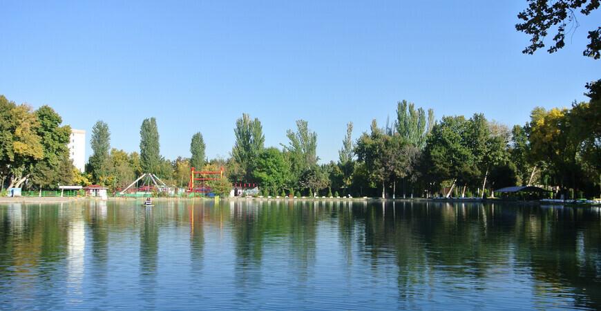 Парк Гафура Гуляма в Ташкенте