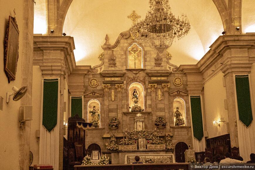 Храм в Кампече, вид изнутри