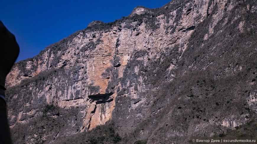 Каньон дель Сумидеро. Отвесные скалы, крокодилы, обезьяны Аранья и мистические горы