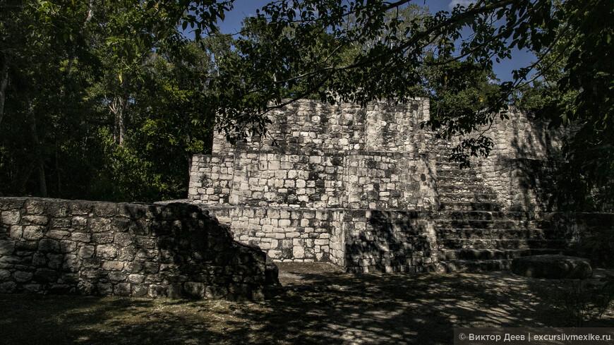 Акрополь древнего города Калакмуль