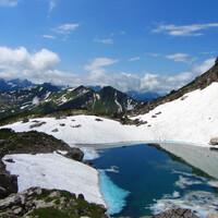Отдых в Альпах для стар и млад. Первая встреча с туристерцами.