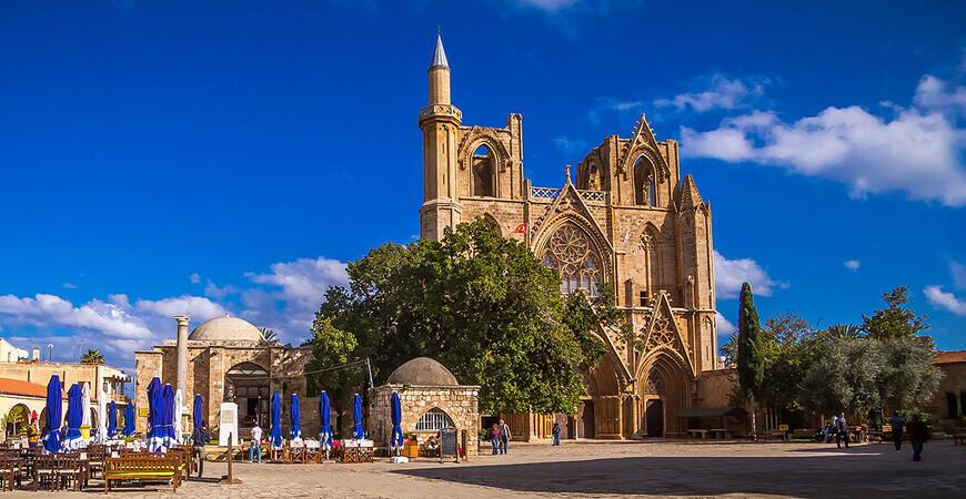 Собор Святого Николая / Мечеть Лала Мустафы Паши