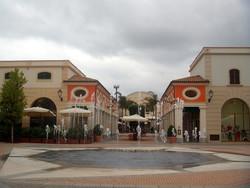 Шоппинг в Италии. Адреса бутиков, даты распродаж и многое другое