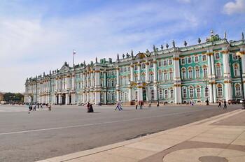 Вход во многие музеи России будет бесплатным для женщин 8 марта