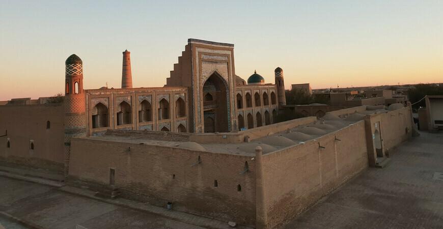 Медресе Мухаммад Рахим-хана в Хиве
