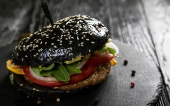 Фестиваль чёрной еды пройдет в Хельсинки