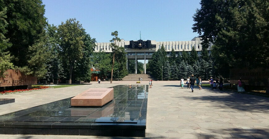 Дом офицеров в Алматы