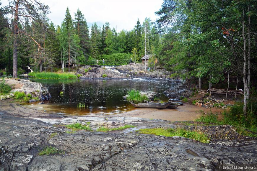 """Заехали на обратном пути на Рускеальские водопады. Одно название, что водопады. Посмотреть это место можно только из уважения к фильму """"А зори здесь тихие"""""""