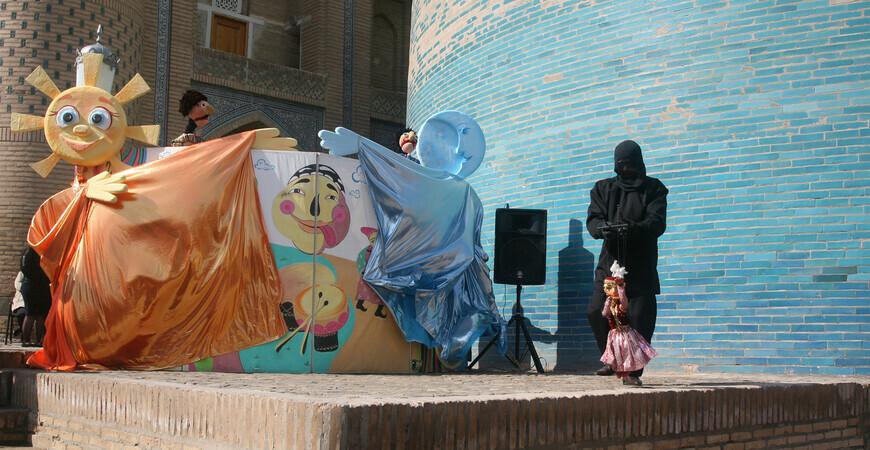 Хивинский кукольный театр