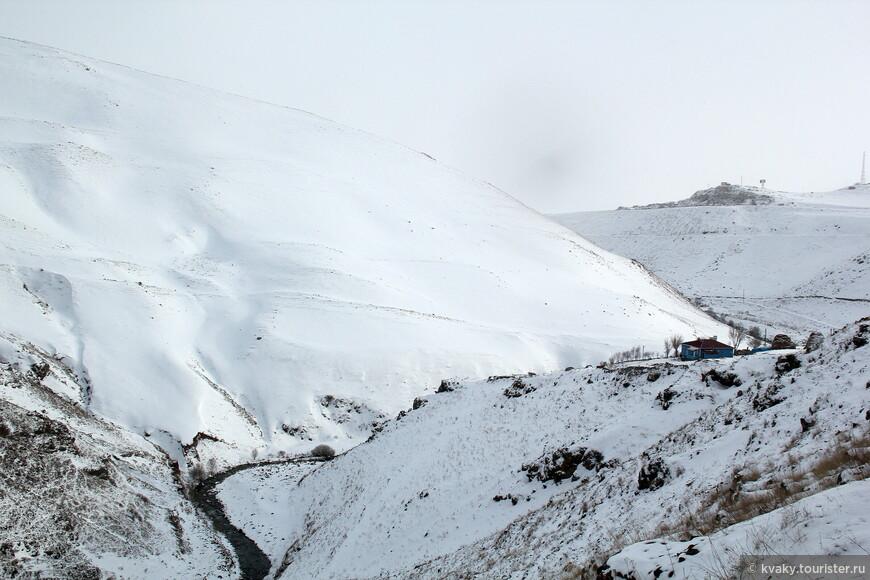 Каньон Карачай, дорога к замку