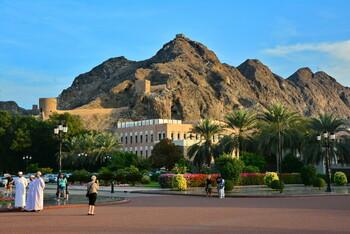 В Омане транзитным туристам возместят расходы на путешествие по стране