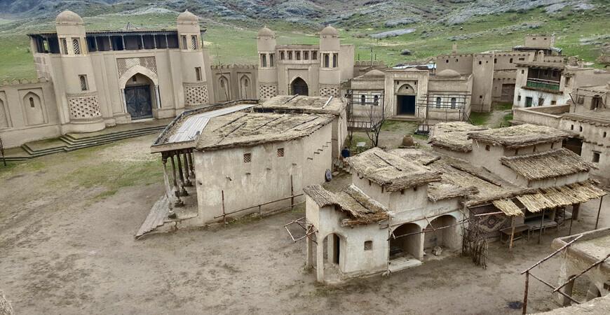 Город кочевников (крепость Номад)