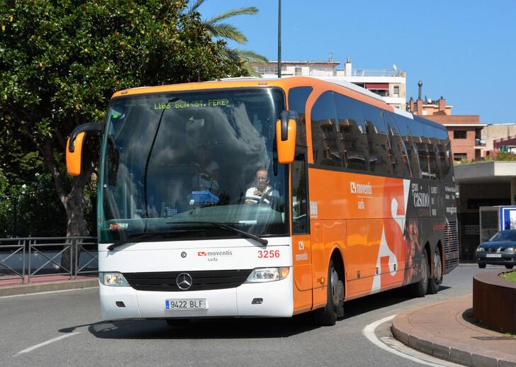 Как добраться из Льорет-де-Мар до Барселоны