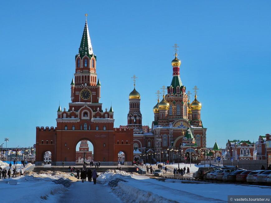 Приехал в столицу республики Марий Эл - Йошкар -Олу, а ощущение, что  с Красной площади Москвы никуда не уезжал