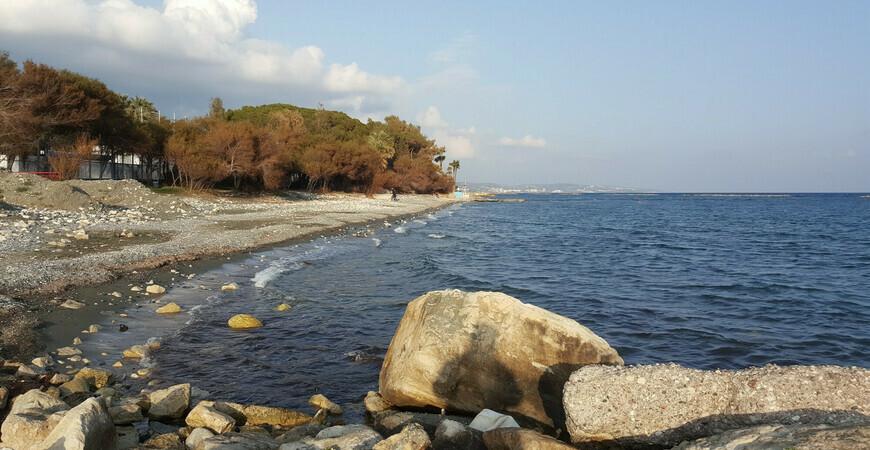 Пляж Дасуди (Dasoudi Beach)
