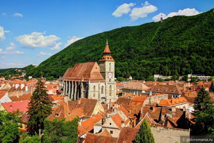 Посоветуйте какой-нибудь отель в Брашове, Румыния