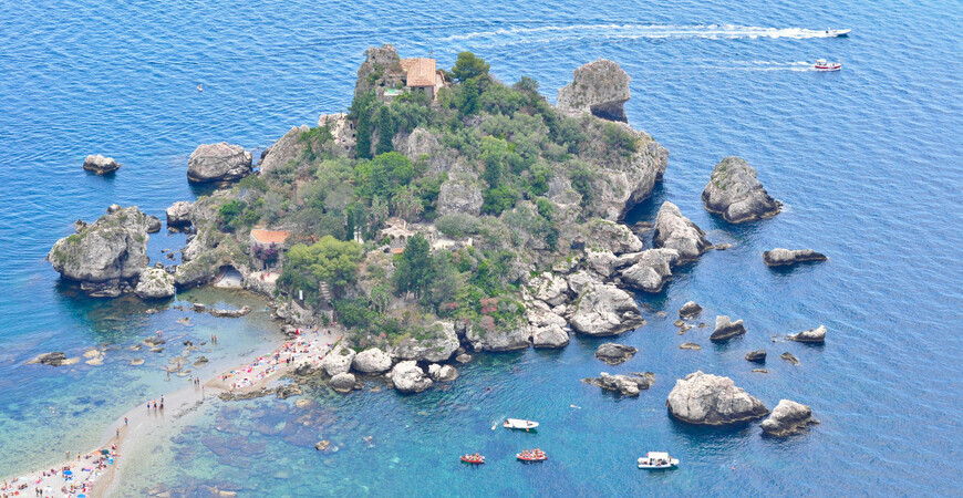Пляж острова Isola Bella