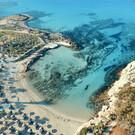Пляж Лачи Адамс