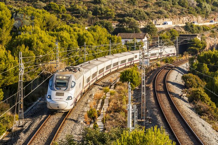 Как добраться из Аликанте в Барселону
