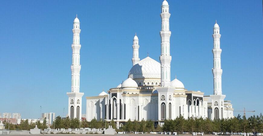 Мечеть Хазрет Султан в Астане (Нур-Султан)