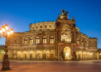 Semperoper Dresden.jpg