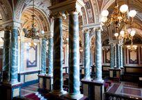 Semperoper_Interior_-_10,_Dresden.jpg