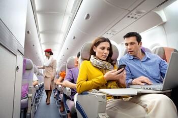 Туристы рассказали, что их больше всего раздражает во время авиаперелёта