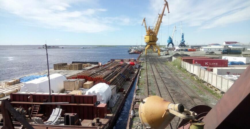 Салехардский речной порт