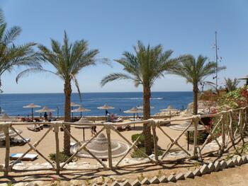 Египет откроет нудистские пляжи для привлечения туристов