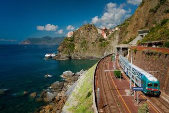 В итальянском парке Чинкветерре запущен сезонный поезд