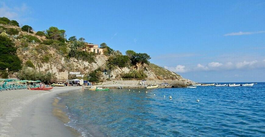 Пляж Сант-Андреа
