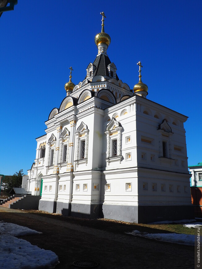 Церковь Елисаветы ХIXвв стиле неорусского узорочья. Она была построена при тюрьме, расположенной в Кремле