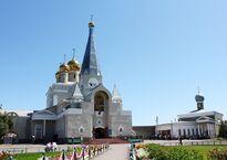Свято-Введенский_собор_-_panoramio.jpg
